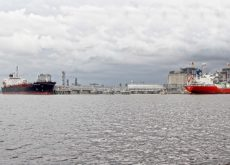 Angola to develop liquefied natural gas terminal